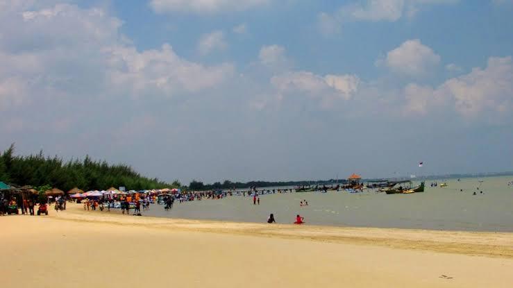 Pantai Karang Jahe.