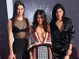 We did not find results for: Schwesterntrio Auf Instagram Kendall Und Kylie Jenner Modeln Mit Kim Kardashian In Unterwasche Unterhaltung Stuttgarter Nachrichten
