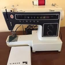 Singer 560 Sewing Machine