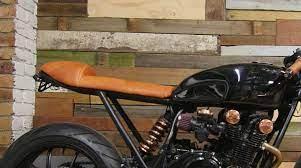 build a cafe racer or scrambler seat