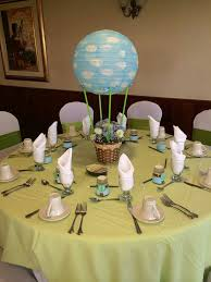 Hot air balloon centerpiece and favors for Lorena's baby shower.