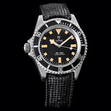 southpaws a roundup of left hand crown watches past and present whether it is for comfort or to cater to the sinistral customer left hand crown watches have increased in popularity over the years and can now be found in