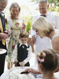 Host And Hostess Duties At A Wedding