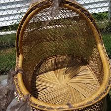 Looking For: Vintage wicker one piece oval wicker baby bassinet ...