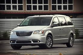 2018 chrysler grand voyager. beautiful 2018 grand voyager chrysler has announced itu0027s developing an allnew  sevenpassenger crossover scheduled to arrive in 2018 inside 2018 chrysler grand voyager r