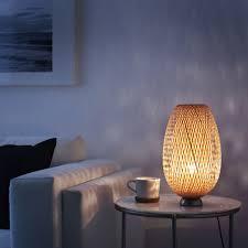 Tafellamp Böja Vernikkeld Rotan Bamboe In Femke Linnen Lamp Tinten