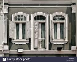 Graue Fensterläden Stockfotos Graue Fensterläden Bilder Alamy