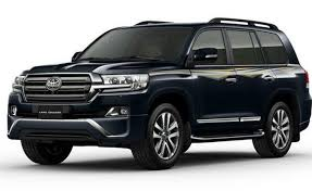 Toyota Land Cruiser Price in India, Images, Mileage, Features ...