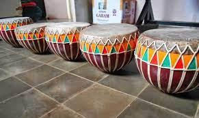 Gendang kecil yang memiliki dua sisi tabuh ini menjadi salah satu alat musik tradisional di indonesia. Alat Musik Tradisional Indonesia Jenis Daerah Dan Fungsi