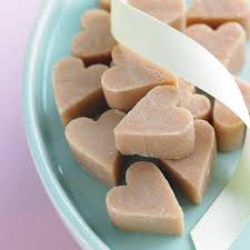 Scottish Tablet Heart Wedding Favour By Phil Rao Studio Two Traditional Scottish Christmas Gifts