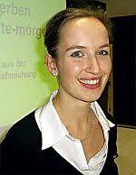 Dr. Vera Thomas. (Foto und Text: Alexandra Stahl, in: Bote vom Untermain, 27.11.2006) [Butzbach-Abend] - dr_vera_thomas1