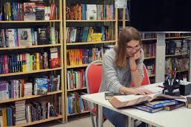 Владимирская областная библиотека для детей и молодежи Новости  Для того чтобы школьники студенты и преподаватели успели подготовить все необходимые рефераты доклады курсовые и т п двери библиотеки были открыты