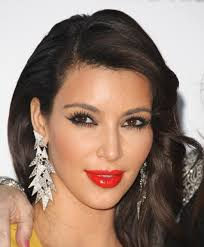 iconic makeup looks kim kardashian kim k s mega lashes are reminiscent of twiggy in the 60s