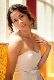 Señoras estupendas. Madurez sexy - Página 6 Images?q=tbn:ANd9GcQGhRR77hi5XEgZuEbE8B7q15_xtJLVWMLv93f25VAaA_HoXjR-pg