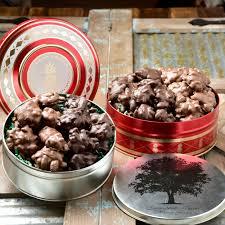 chocolate pecan cer bo detailed