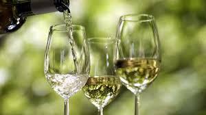 Winzer: Wein, der auf Chemie und Zusätze verzichtet