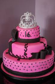 Pink And Black Sweet 16 Birthday Cake The Crown Was Made Out Of