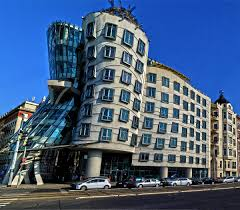 Postmodern architecture gehry Building Frank Architectural Styles Of America And Europe Dancing House Wikipedia