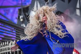 Maria Brink to Play Solo Piano Lounge Performance at ShipRocked