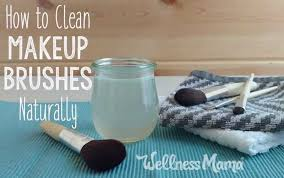 natural makeup brushe cleaning