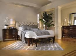 Decorating Bedroom with Traditional Bedroom Furniture — Cairocitizen ...