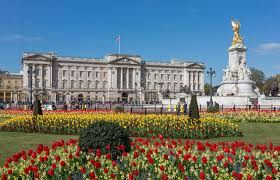 New audio-descriptive guide to Buckingham Palace – VocalEyes