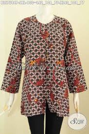 Baju batik wanita kian berkembang saja dewasa ini. Model Baju Atasan Batik Wanita Lengan Panjang Modern Toko Batik Online 2021