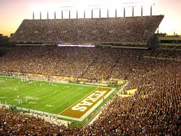 Power Ranking The 50 Loudest College Football Stadiums