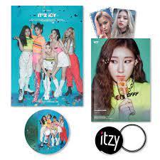 ITZY 1st Album - IT'Z ICY [ IT'Z ver. ] CD + Photobook + Photocards + FREE  GIFT / K-POP Sealed - ITZY: Amazon.de: Musik