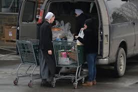 Drivers Make A Living Haulin Amish In Rural Pa
