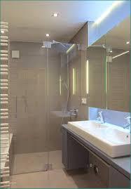 Kleines Luft Im Badezimmer Heizkörper Und Kleines Bad Renovieren Es