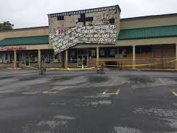 wccb charlotte charlotte news weather and sports rock hill family dollar closed after sign collapses