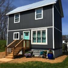 Tuff Shed Living Tiny Was Always A Dream For Beth Smith After Purchasing 3acre  Property In Georgia She And Her Husband Barry Got Started On Their Future