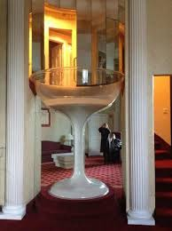 Pocono Palace Resort: Champagne glass Jacuzzi tub