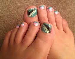 stylish-girls-feather-style-nail-art-4 | Trendy Mods.Com
