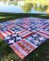 Flag Day Quilt Making a red, white and blue quilt has been on my ... & Flag Day Quilt Making a red, white and blue quilt has been on my to Adamdwight.com