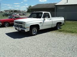 Mike's Classic Trucks--1987 Chevrolet Silverado