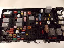 15 16 chrysler 200 sedan 2 4l under hood relay fuse box block 2015 chrysler 200 fuse box diagram at Chrysler 200 Fuse Box