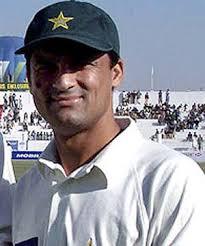 Moin Khan Karachi, Dec 29 : Former Pakistan captain Moin Khan has advised current skipper Shahid Afridi to stop criticising his own players in public. - Moin-Khan