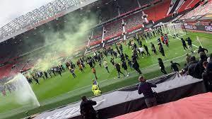 เกิดเหตุแฟนบอลประท้วงที่สนาม Old Trafford แดงเดือดจะถูกเลื่อนหรือเปล่า??  !!! - Pantip