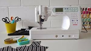 7 Things To Know When Buying A Sewing Machine| Beginners Guide & 7 Things To Know When Buying A Sewing Machine | A Beginners Guide Adamdwight.com