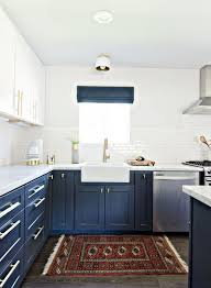 Two tone cabinets White Navy Blue And White Kitchen Cabinets With Gold Hardware Hative Stylish Two Tone Kitchen Cabinets For Your Inspiration Hative