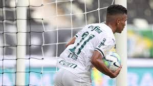 Palmeiras sofre com falta de pontaria e liga sinal de alerta para a final