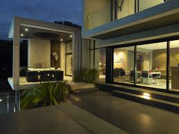 outdoor home lighting ideas. Image: Daily Knight Outdoor Home Lighting Ideas J