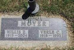 Verle Clare Hudson Moyer (1918-1992) - Find A Grave Memorial