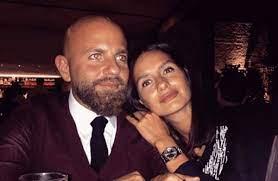 Doktor Ela Rolüyle Ünlenen Yasemin Özilhan'ın Eşiyle Tanışma Hikayesi  Yeniden Gündem Oldu! - Haberler