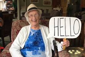 James Bay senior's homemade signs bring smiles – Goldstream News Gazette