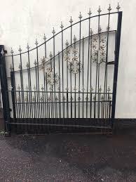 set of large double metal gates