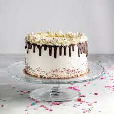Top 60 Square Birthday Cake Stock Photos Pictures And Images Istock