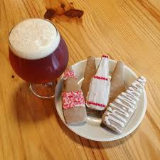 Christmas Ale Gingerbread Cookies with Cinnamon Icing | Great ...